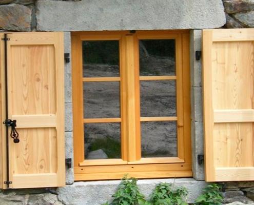 ξυλινα-παραθυρα-2